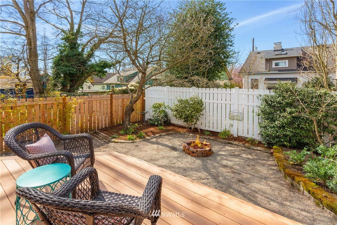 Sold Property | 6739 7th Avenue NW Seattle, WA 98117 18