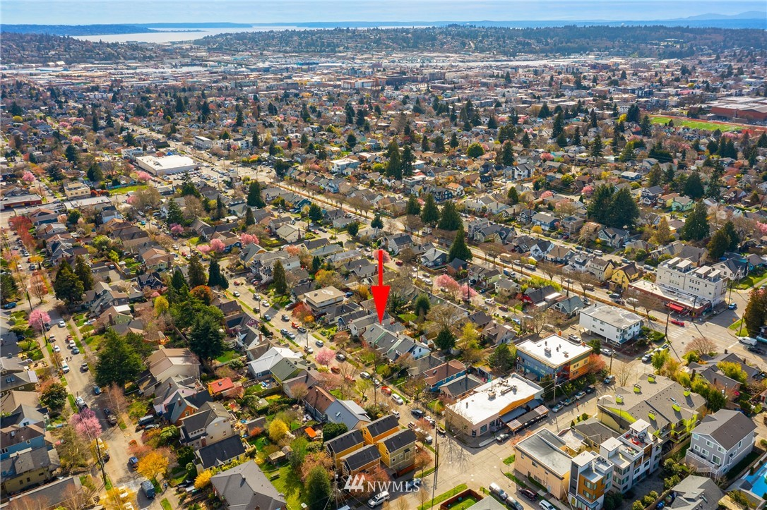 Sold Property | 6739 7th Avenue NW Seattle, WA 98117 24