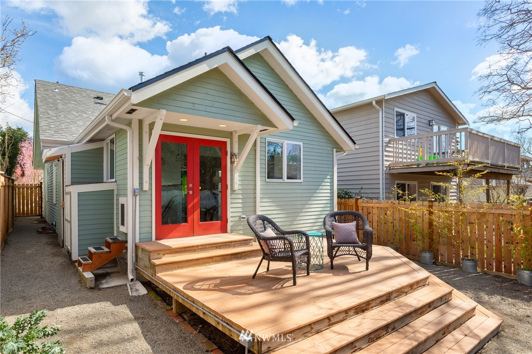 Sold Property | 6739 7th Avenue NW Seattle, WA 98117 27