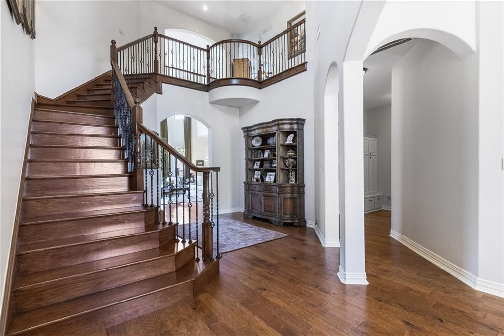 ActiveUnderContract   13205 Country Trails Lane Austin, TX 78732 2