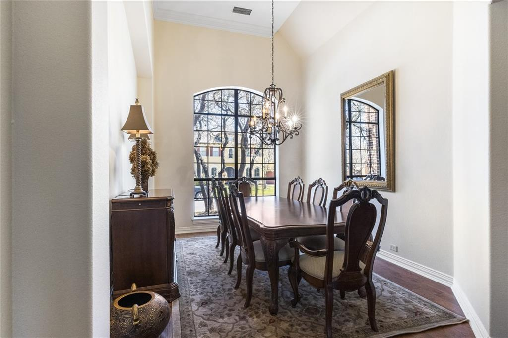ActiveUnderContract   13205 Country Trails Lane Austin, TX 78732 3