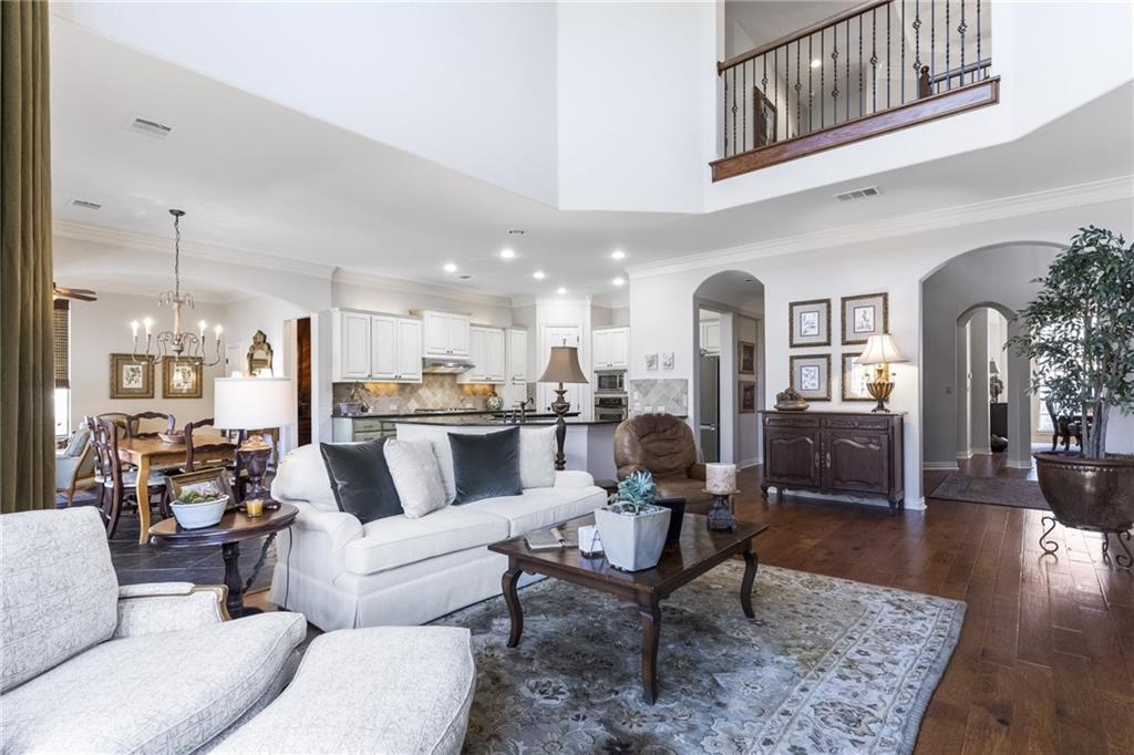 ActiveUnderContract   13205 Country Trails Lane Austin, TX 78732 5