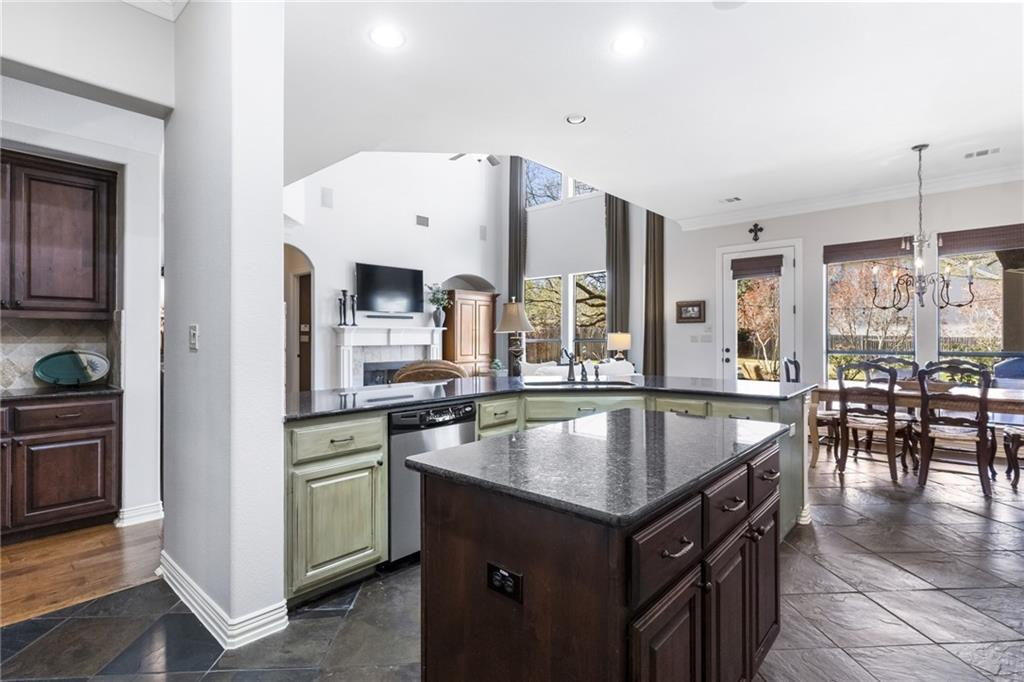 ActiveUnderContract   13205 Country Trails Lane Austin, TX 78732 12
