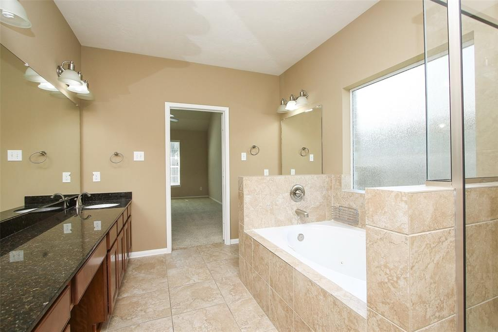 Off Market   5607 Silverthorn Glen Spring, Texas 77379 29
