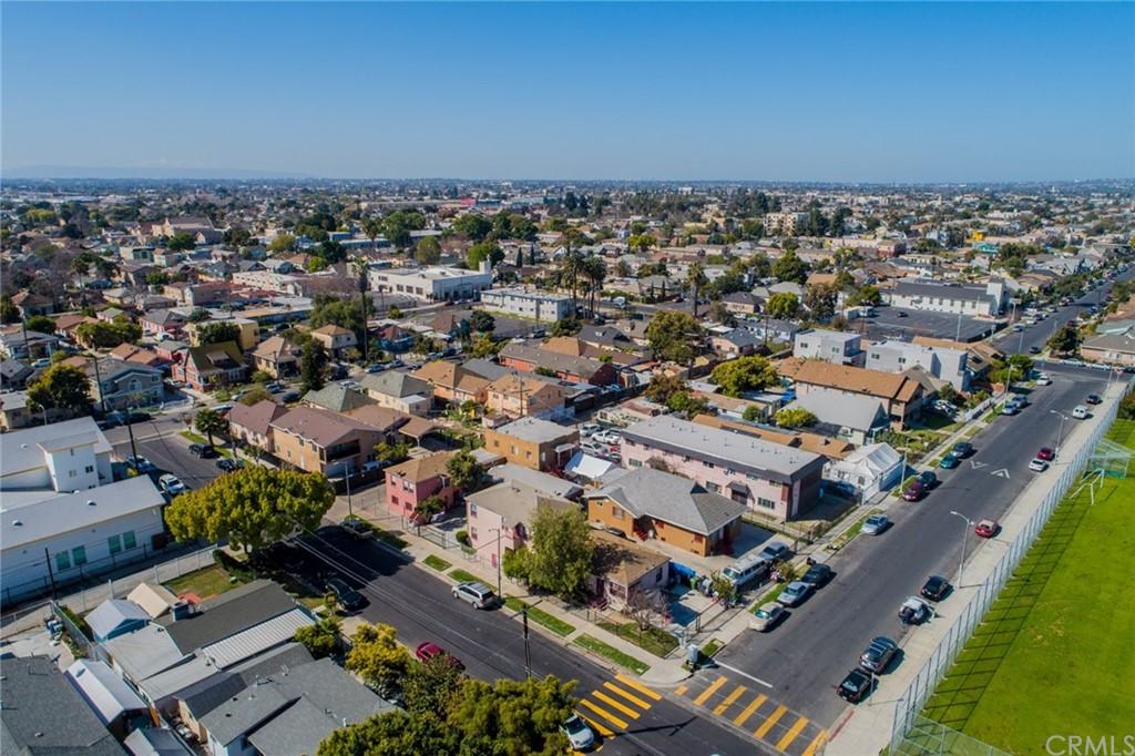 Pending | 4607 Wadsworth Avenue Los Angeles, CA 90011 0