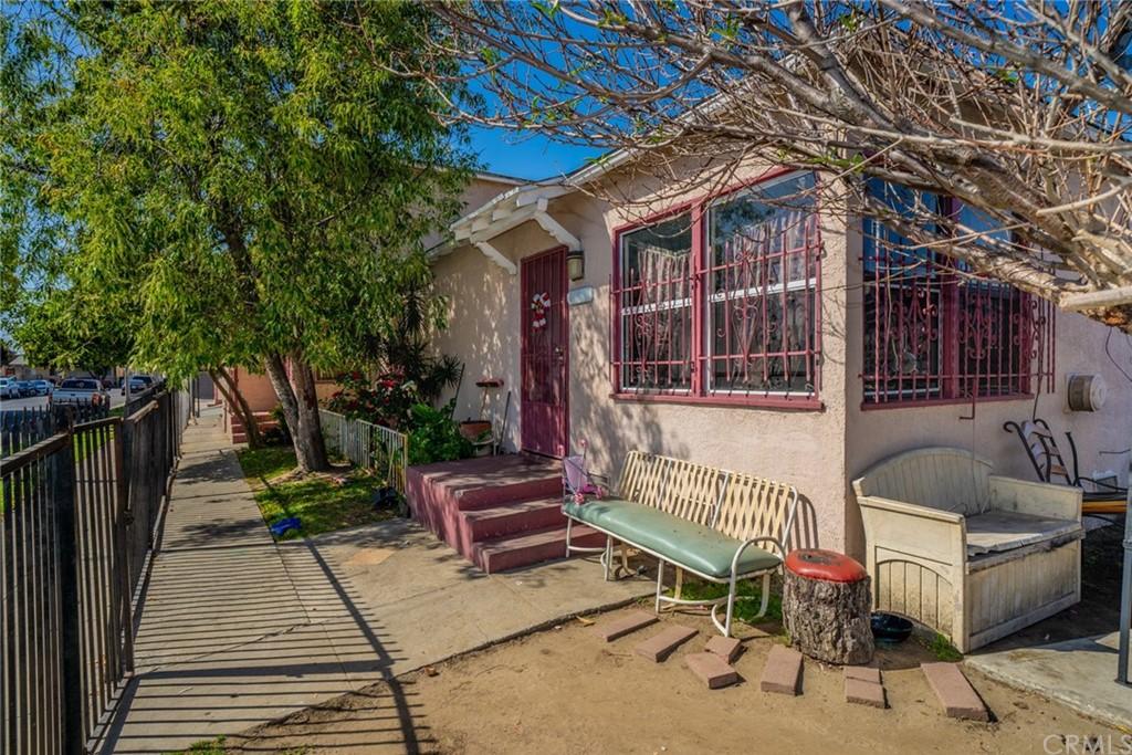 Pending | 4607 Wadsworth Avenue Los Angeles, CA 90011 4