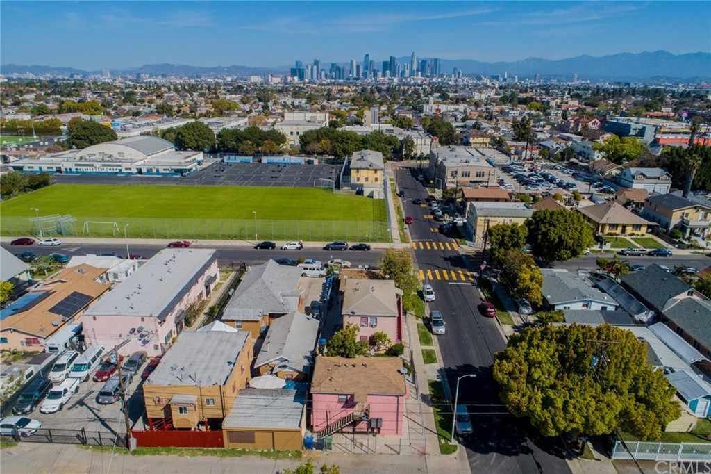 Pending | 4607 Wadsworth Avenue Los Angeles, CA 90011 15