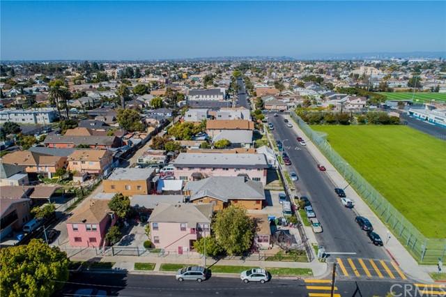 Active | 4607 Wadsworth Avenue Los Angeles, CA 90011 11