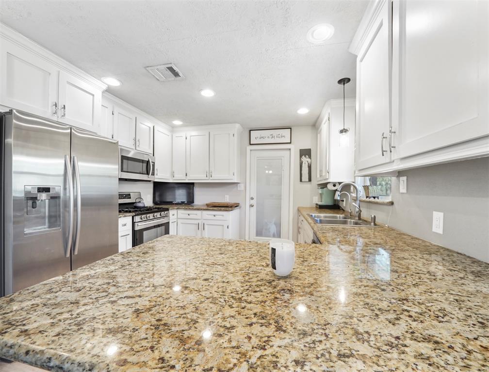 Option Pending | 1500 N San Jacinto Street Conroe, Texas 77301 15