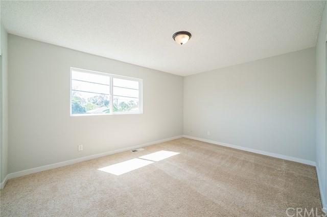 Pending | 1631 E 114th Street Los Angeles, CA 90059 25