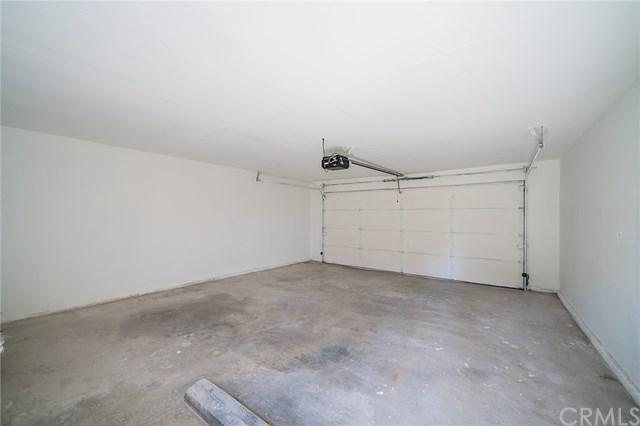 Pending | 1631 E 114th Street Los Angeles, CA 90059 34