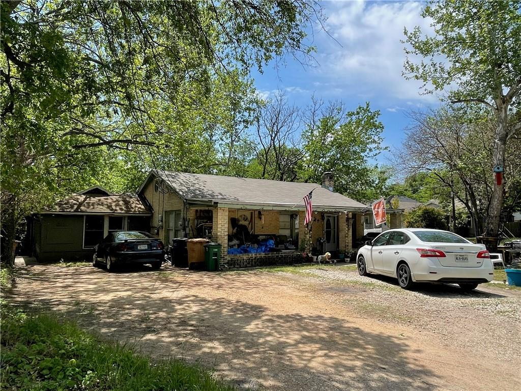Active | 611 W Croslin Street Austin, TX 78752 5