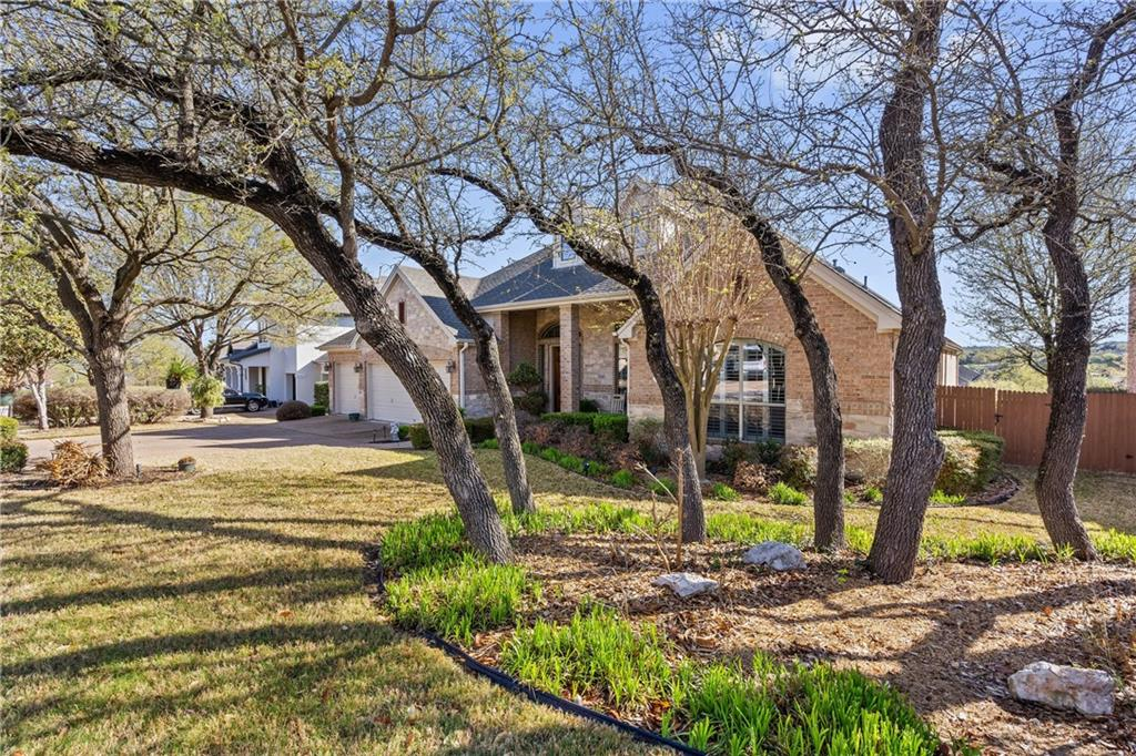 ActiveUnderContract | 13216 Country Trails Lane Austin, TX 78732 1