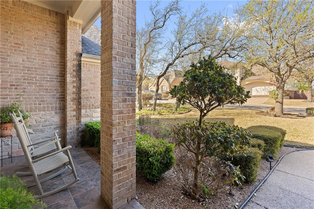 ActiveUnderContract | 13216 Country Trails Lane Austin, TX 78732 2