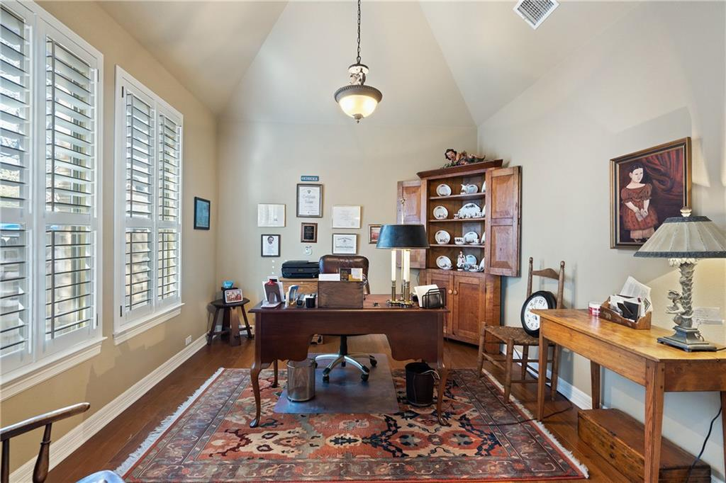 ActiveUnderContract | 13216 Country Trails Lane Austin, TX 78732 11