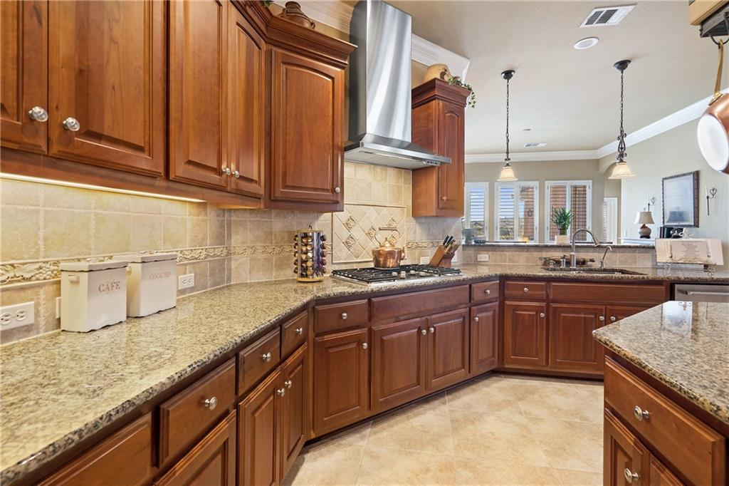 ActiveUnderContract | 13216 Country Trails Lane Austin, TX 78732 14