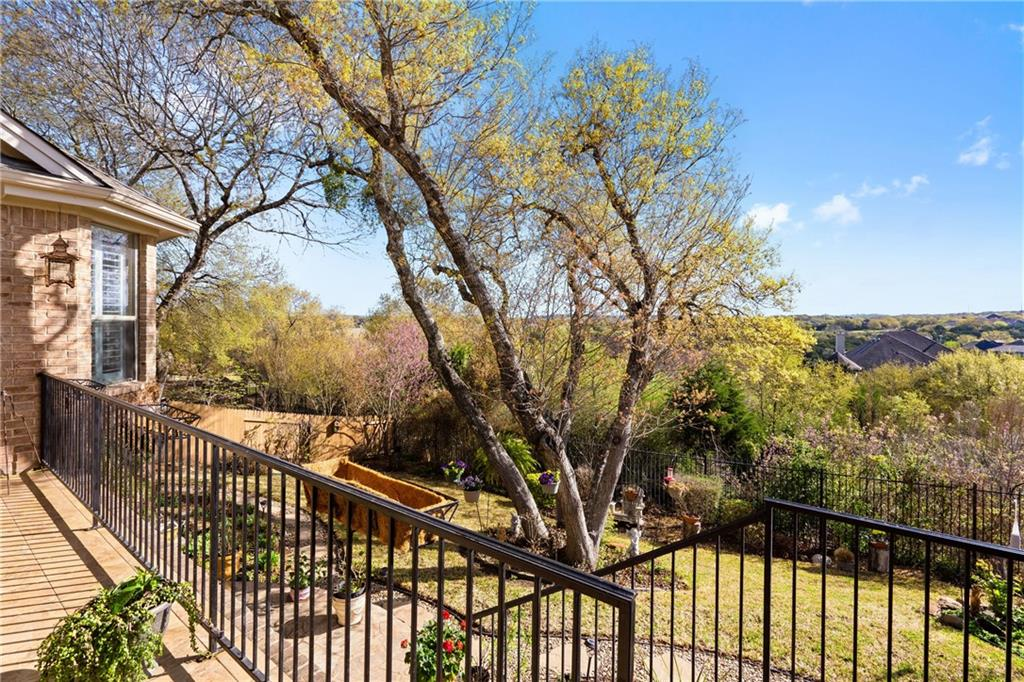 ActiveUnderContract | 13216 Country Trails Lane Austin, TX 78732 34