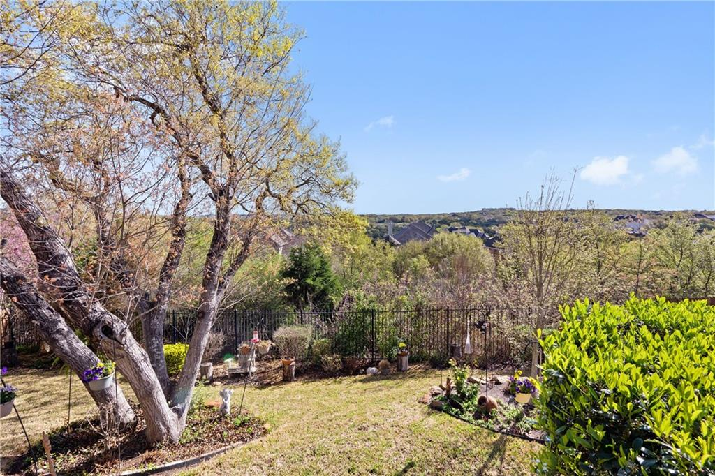 ActiveUnderContract | 13216 Country Trails Lane Austin, TX 78732 35