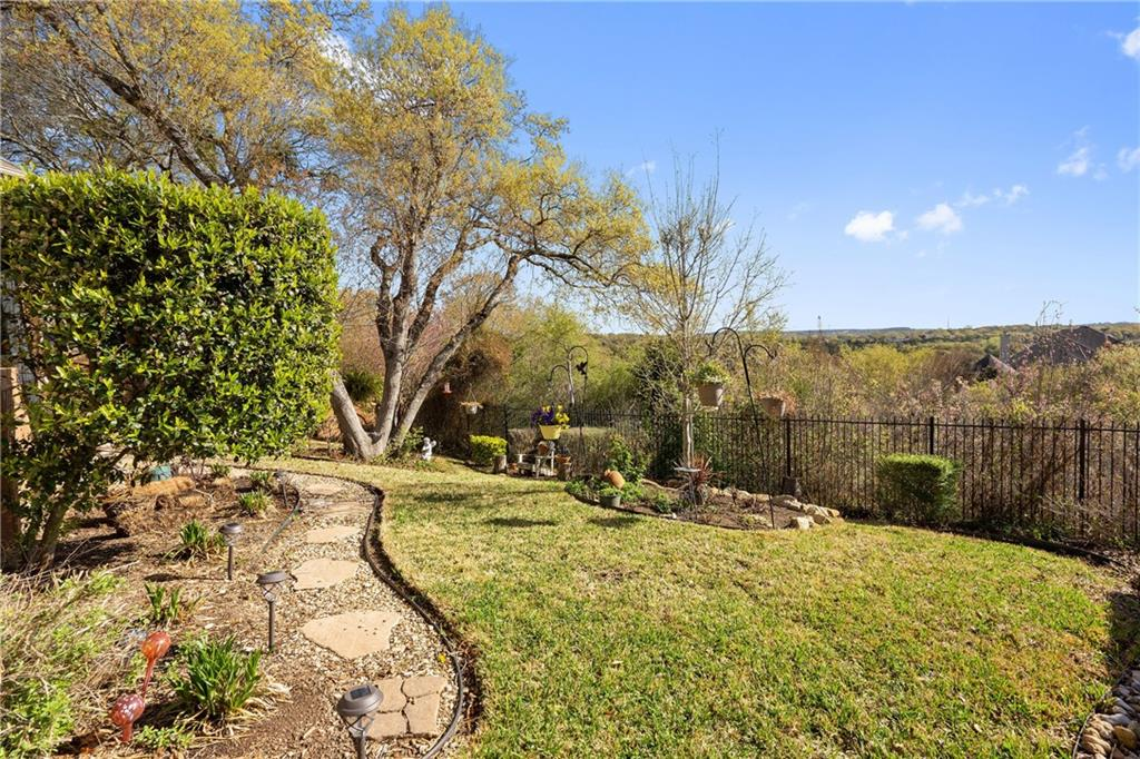 ActiveUnderContract | 13216 Country Trails Lane Austin, TX 78732 38