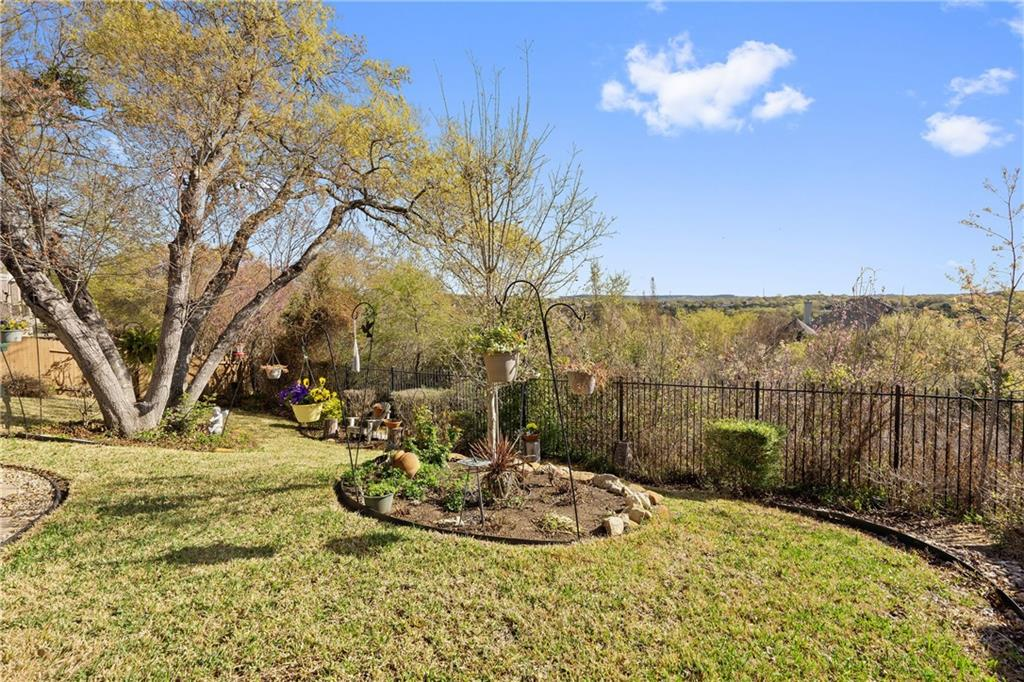 ActiveUnderContract | 13216 Country Trails Lane Austin, TX 78732 39