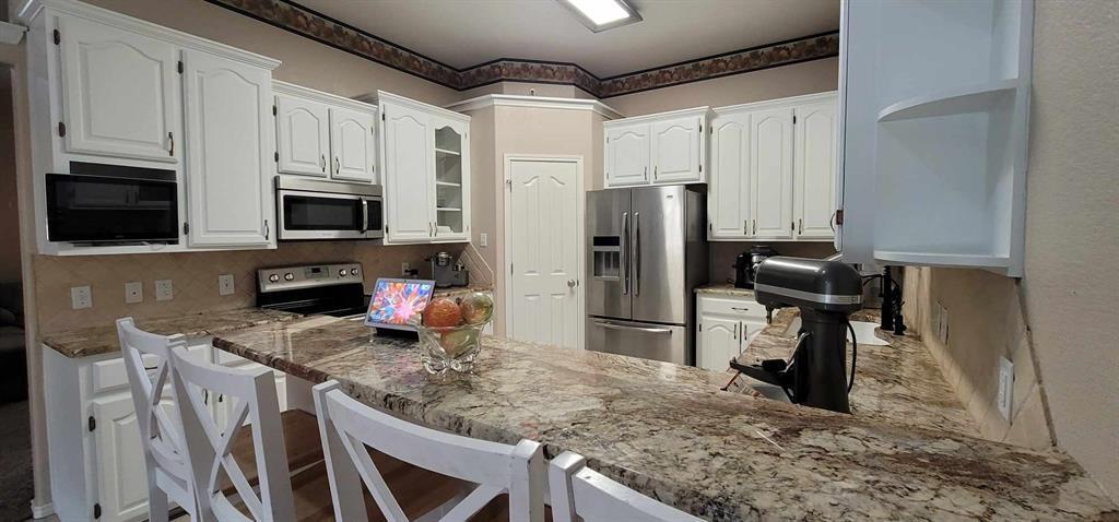 Active Option Contract | 5102 Holly Way Abilene, Texas 79606 4