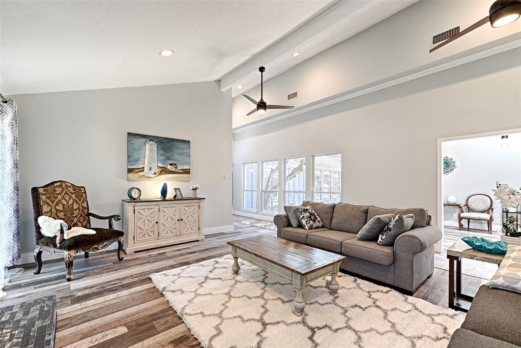 Sold Property   3812 Big Horn Trail Plano, Texas 75075 3