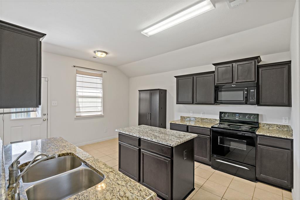 Sold Property   2716 Aspenhill Drive Denton, Texas 76209 11