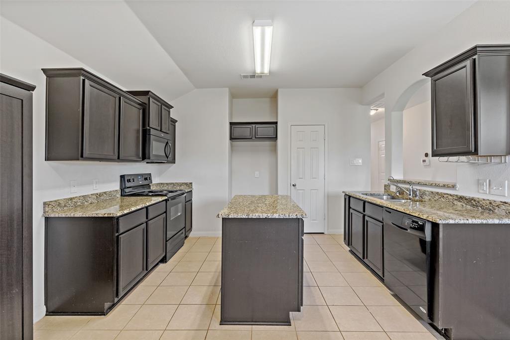 Sold Property   2716 Aspenhill Drive Denton, Texas 76209 13