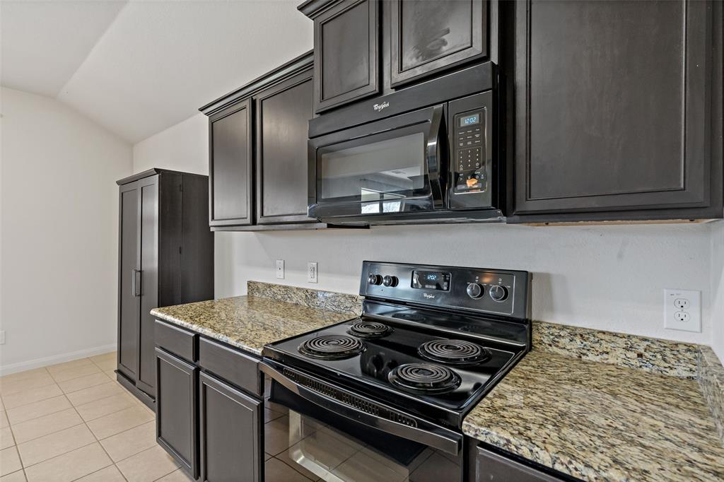 Sold Property   2716 Aspenhill Drive Denton, Texas 76209 14