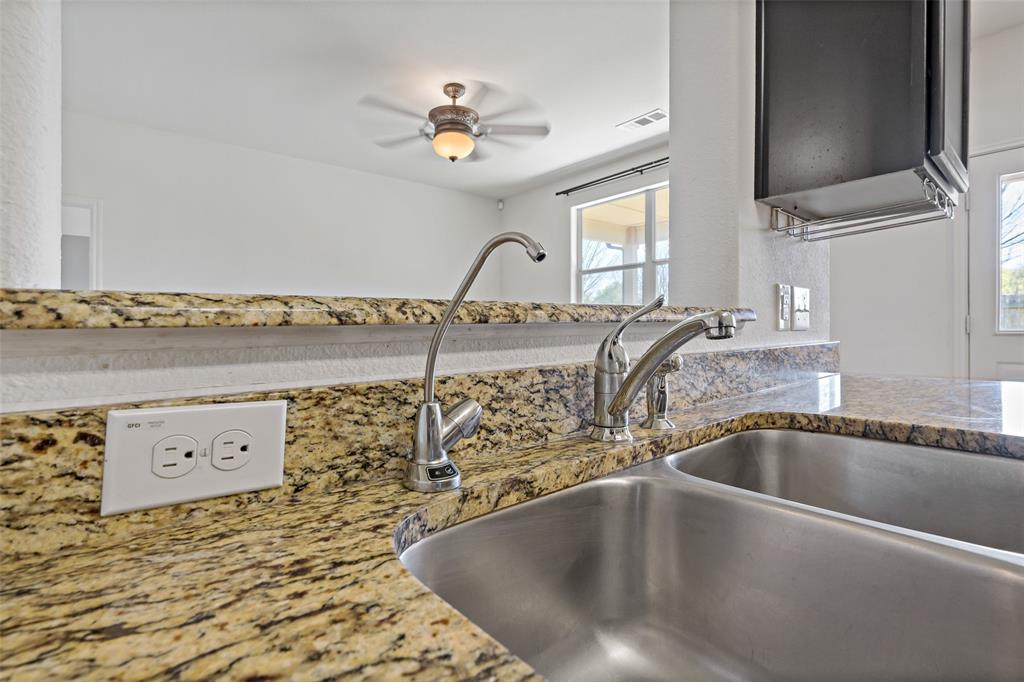 Sold Property   2716 Aspenhill Drive Denton, Texas 76209 15