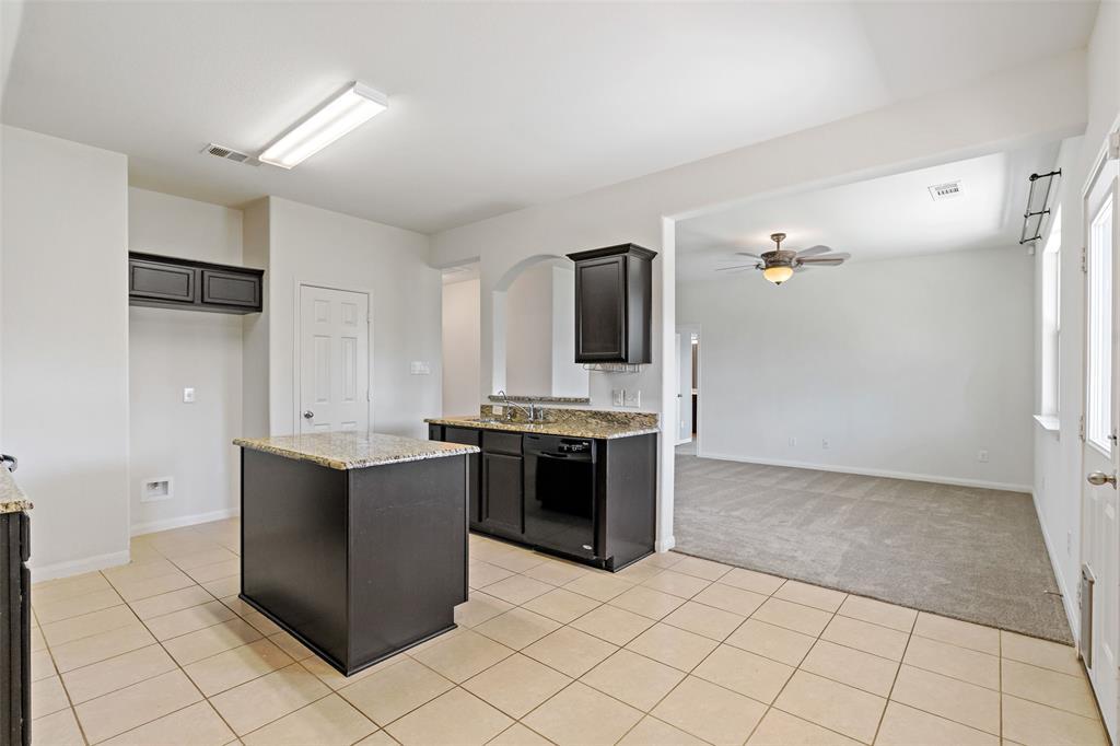 Sold Property   2716 Aspenhill Drive Denton, Texas 76209 17