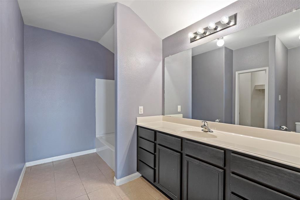 Sold Property   2716 Aspenhill Drive Denton, Texas 76209 22