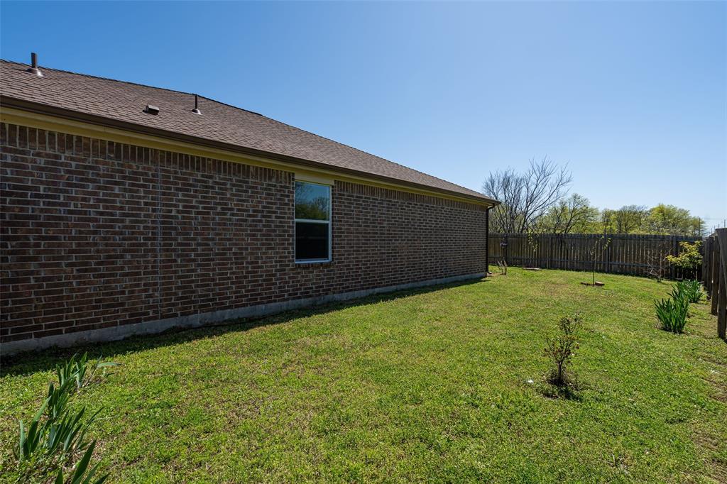 Sold Property   2716 Aspenhill Drive Denton, Texas 76209 33