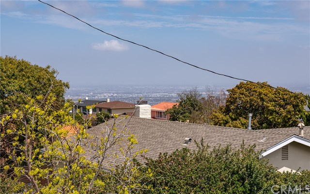 Pending   27602 Fawnskin Drive Rancho Palos Verdes, CA 90275 31