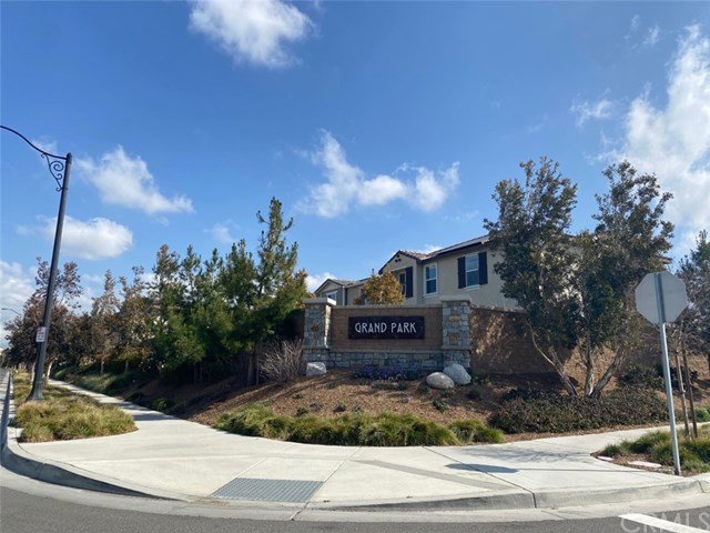 Active Under Contract | 3223 E Olympic Drive Ontario, CA 91762 14