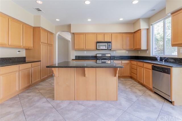 Pending | 34886 Middlecoff Court Beaumont, CA 92223 3