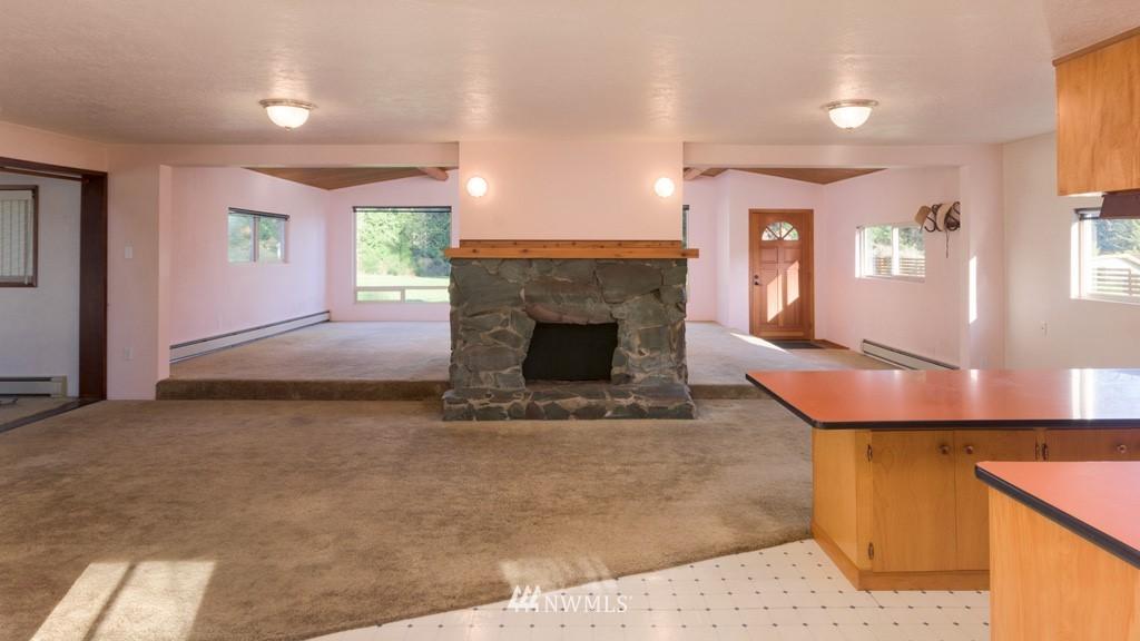 Sold Property | 27675 Lindvog Road NE Kingston, WA 98346 8