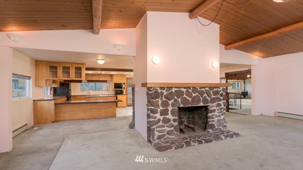 Sold Property | 27675 Lindvog Road NE Kingston, WA 98346 11