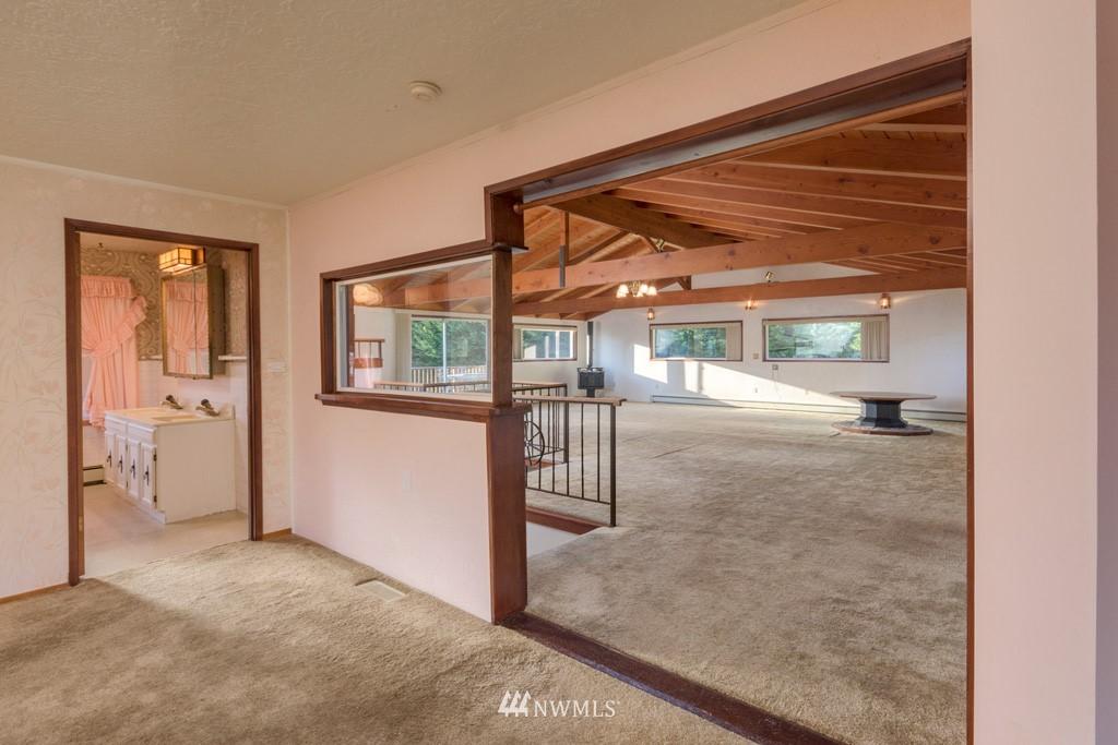 Sold Property | 27675 Lindvog Road NE Kingston, WA 98346 12