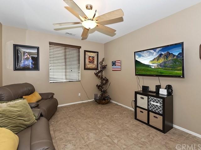 Pending | 1420 Yarrow Lane Beaumont, CA 92223 16