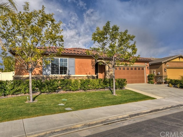 Pending | 1420 Yarrow Lane Beaumont, CA 92223 40