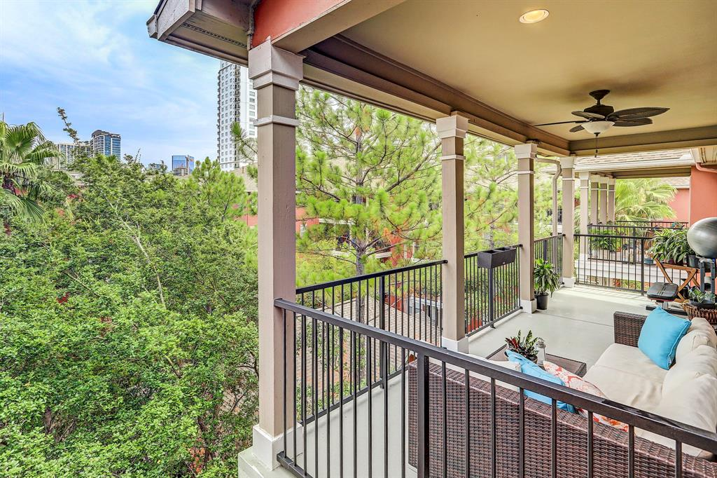 Pending | 2400 Mccue Road #417 Houston, Texas 77056 23