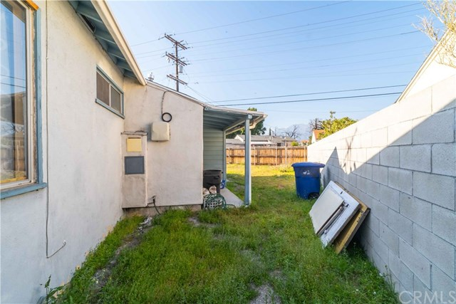 Active Under Contract | 1042 N Allyn Avenue Ontario, CA 91764 32