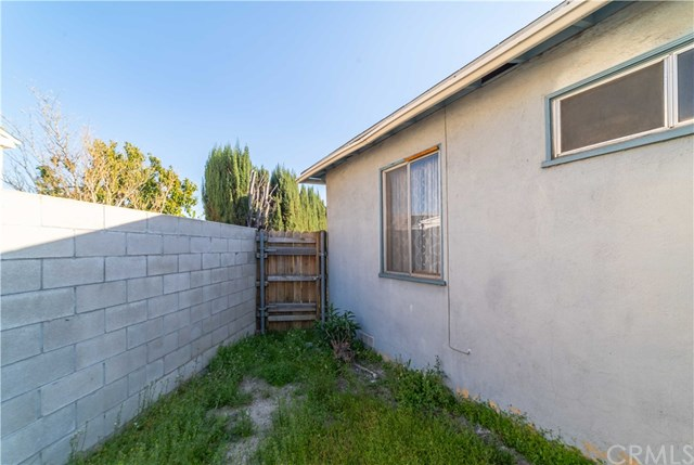 Active Under Contract | 1042 N Allyn Avenue Ontario, CA 91764 33