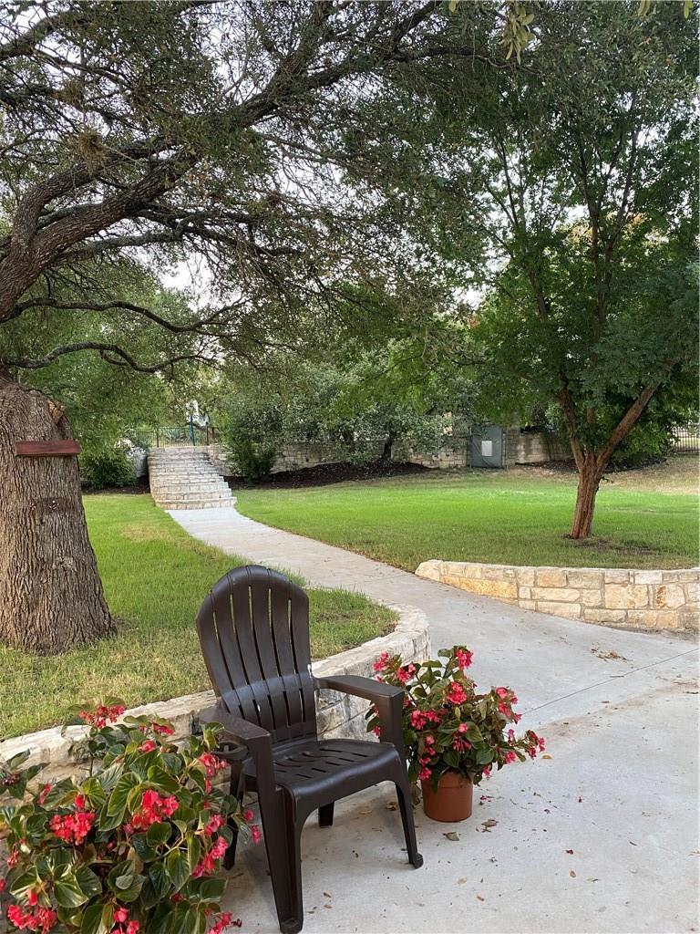 Closed | 207 Meadows Lane Dripping Springs, TX 78620 15