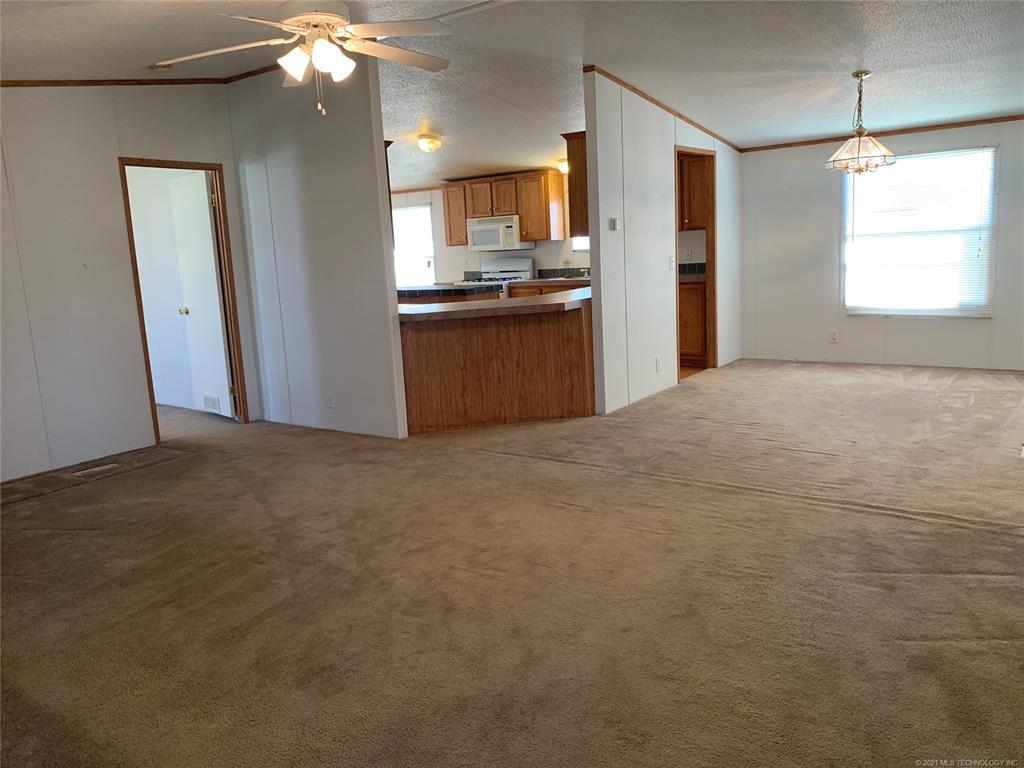 Off Market | 12 Tooker Point Salina, Oklahoma 74365 3