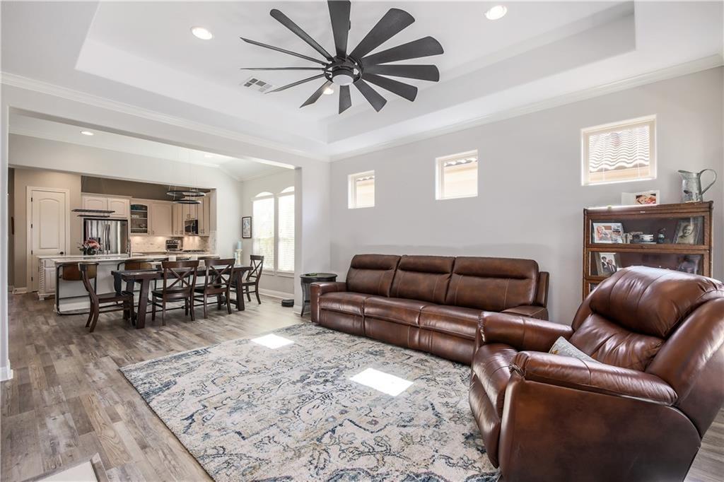 ActiveUnderContract | 11716 Shadestone Terrace Austin, TX 78732 7