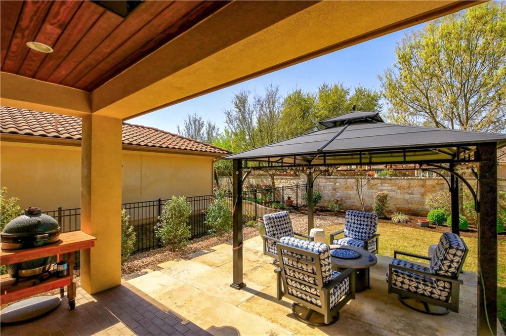 ActiveUnderContract | 11716 Shadestone Terrace Austin, TX 78732 30