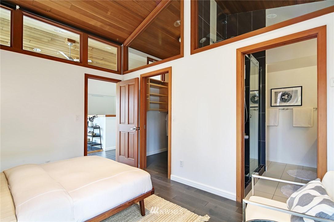 Sold Property | 1548 15th Avenue E Seattle, WA 98112 10