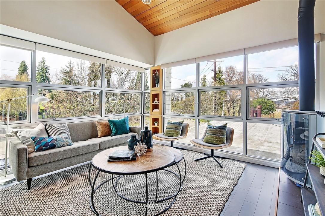 Sold Property | 1548 15th Avenue E Seattle, WA 98112 12
